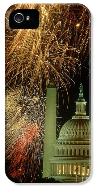 Fire Works iPhone 5 Cases - Fireworks iPhone 5 Case by Fred Maroon