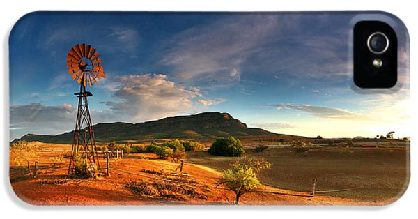 Windmill iPhone 5 Cases - First Light on Wilpena Pound iPhone 5 Case by Bill  Robinson