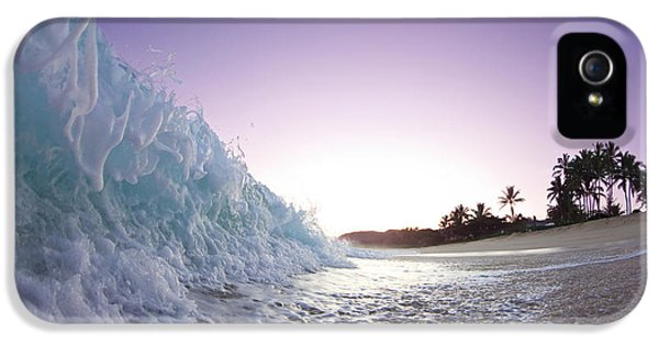 Sea iPhone 5 Cases - Foam Wall iPhone 5 Case by Sean Davey