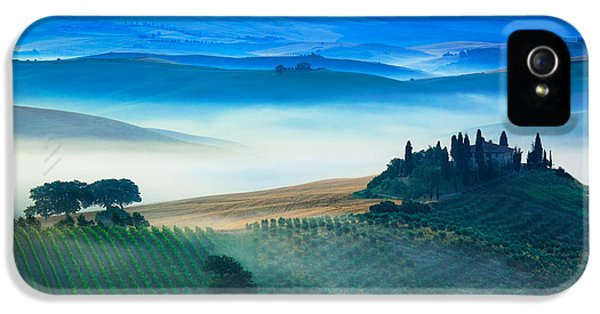 Fog In Tuscan Valley IPhone 5 / 5s Case by Inge Johnsson