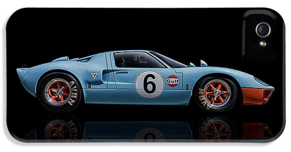 Performance iPhone 5 Cases - Ford GT 40 iPhone 5 Case by Douglas Pittman