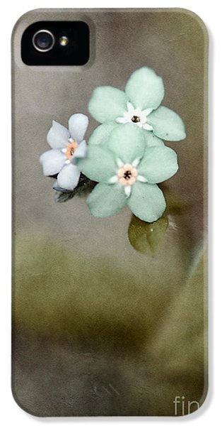 Forget Me Not 03 - S07bt07 IPhone 5 / 5s Case by Variance Collections
