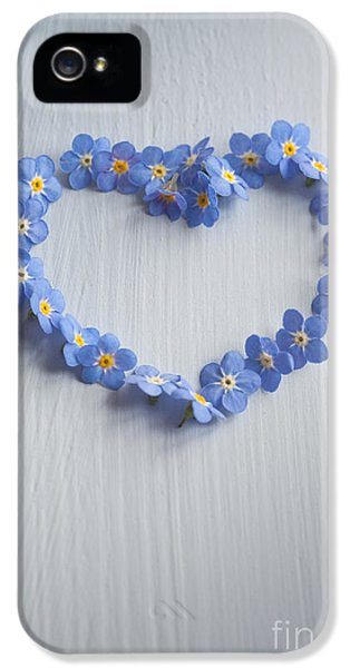Forget Me Not Heart IPhone 5 / 5s Case by Jan Bickerton