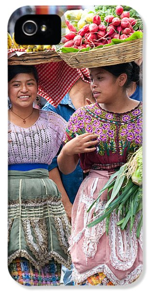 Fruit Sellers In Antigua Guatemala IPhone 5 / 5s Case by David Smith