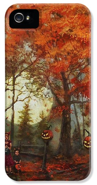 Full Moon On Halloween Lane IPhone 5 / 5s Case by Tom Shropshire
