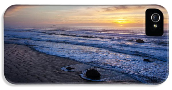 Hug iPhone 5 Cases - Gentle Evening Waves iPhone 5 Case by Mike Reid