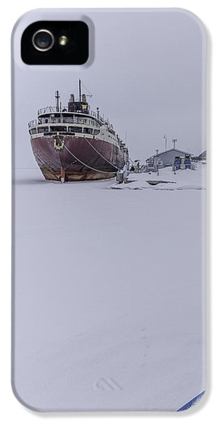 Oswego iPhone 5 Cases - Ghost Ship iPhone 5 Case by Everet Regal