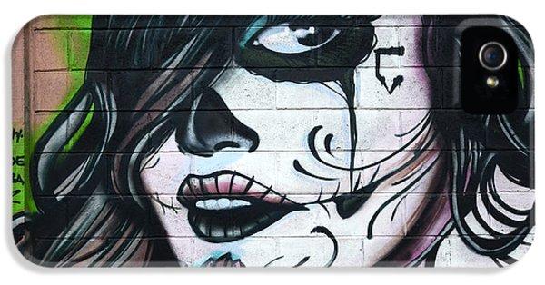 Bob Christopher iPhone 5 Cases - Graffiti Art Curitiba Brazil 21 iPhone 5 Case by Bob Christopher
