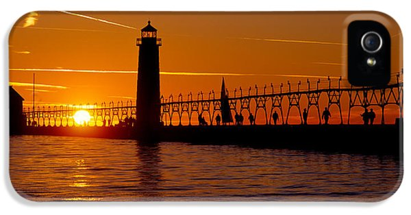 Build iPhone 5 Cases - Grand Haven Lighthouse At Sunset, Grand iPhone 5 Case by Panoramic Images