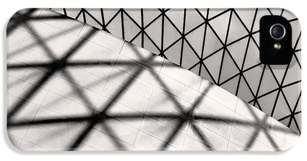 Great Court Abstract IPhone 5 / 5s Case by Rona Black