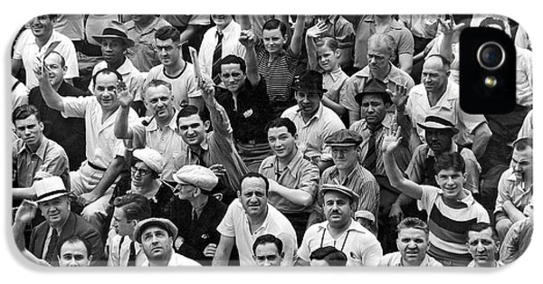 Happy Baseball Fans In The Bleachers At Yankee Stadium. IPhone 5 / 5s Case by Underwood Archives