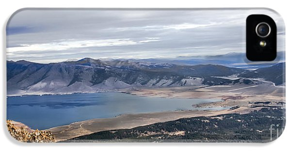 Caribou iPhone 5 Cases - Henry Lake iPhone 5 Case by Robert Bales