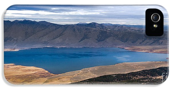Caribou iPhone 5 Cases - Henrys Lake iPhone 5 Case by Robert Bales
