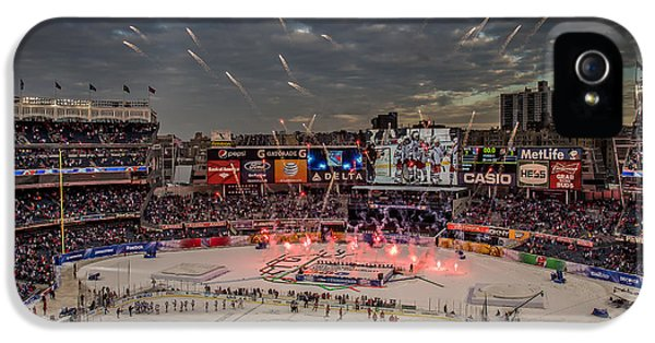 Hockey At Yankee Stadium IPhone 5 / 5s Case by David Rucker