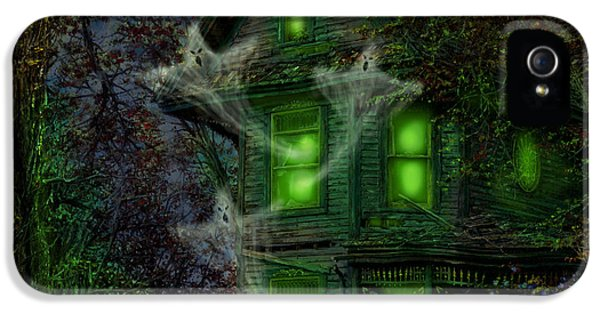 Haunted Houses iPhone 5 Cases - House on Haunted Hill iPhone 5 Case by Doug Kreuger
