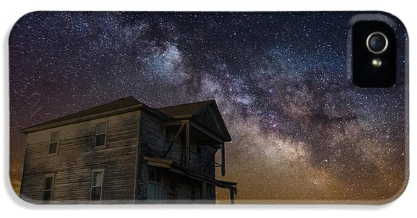 Forgotten iPhone 5 Cases - House on the Hill   remastered iPhone 5 Case by Aaron J Groen