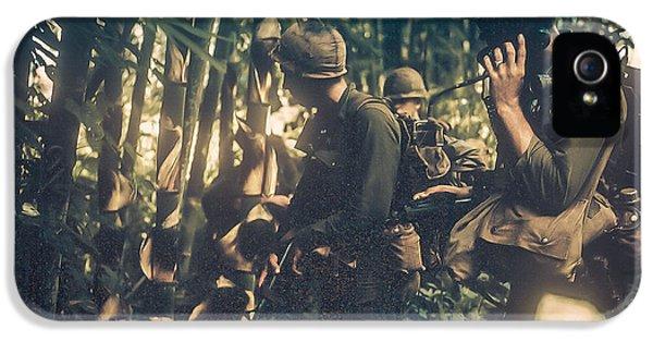 Vietnam War iPhone 5 Cases - In The Jungle - Vietnam iPhone 5 Case by Edward Fielding