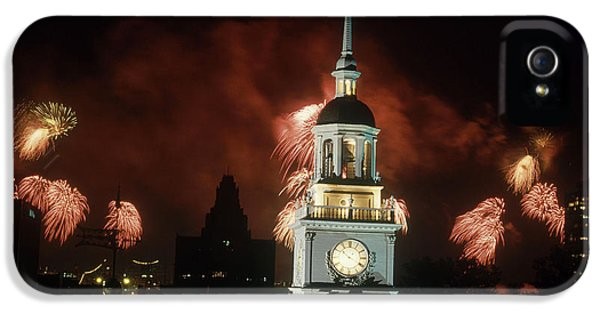 Fire Works iPhone 5 Cases - Independence Hall Fireworks iPhone 5 Case by Joseph Nettis