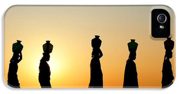 Indian iPhone 5 Cases - Indian Women Carrying Water Pots At Sunset iPhone 5 Case by Tim Gainey
