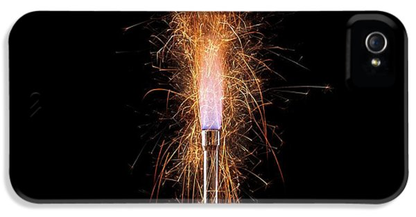 Iron Filings In A Gas Flame IPhone 5 / 5s Case by Science Photo Library
