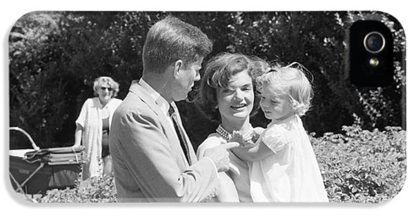 First Lady iPhone 5 Cases - John F. Kennedy Jacqueline and Caroline iPhone 5 Case by The Phillip Harrington Collection