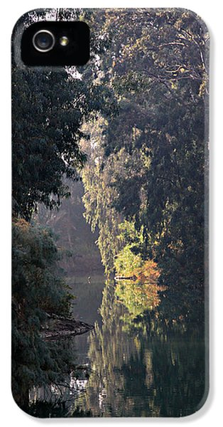 Jordan River At Yardinet IPhone 5 / 5s Case by Stephen Stookey