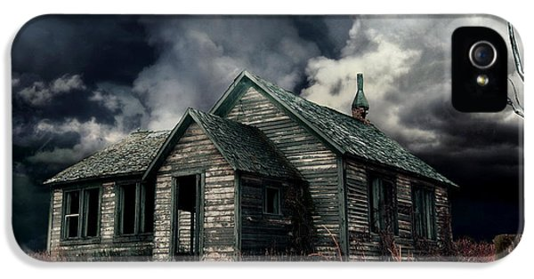 Haunted Houses iPhone 5 Cases - Just before the Storm iPhone 5 Case by Aimelle