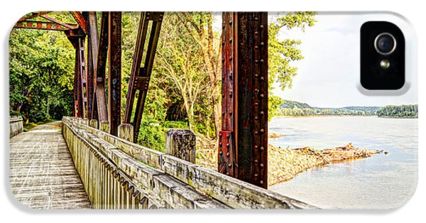 Katy Trail Near Coopers Landing IPhone 5 / 5s Case by Cricket Hackmann