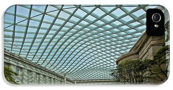 National Portrait Gallery iPhone 5 Cases - Kogod Courtyard  iPhone 5 Case by Stuart Litoff