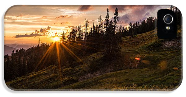 National Monuments iPhone 5 Cases - Last Light at Cedar iPhone 5 Case by Chad Dutson