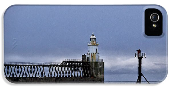 Foghorn iPhone 5 Cases - Lighthouse and foghorn iPhone 5 Case by Jim Jones