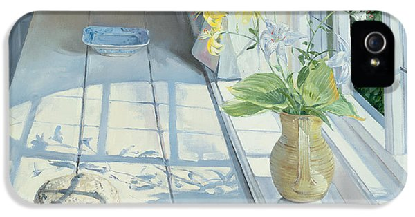 Lilies And A Straw Hat IPhone 5 / 5s Case by Timothy Easton