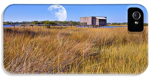 Luna Boat House IPhone 5 / 5s Case by Gregory W Leary