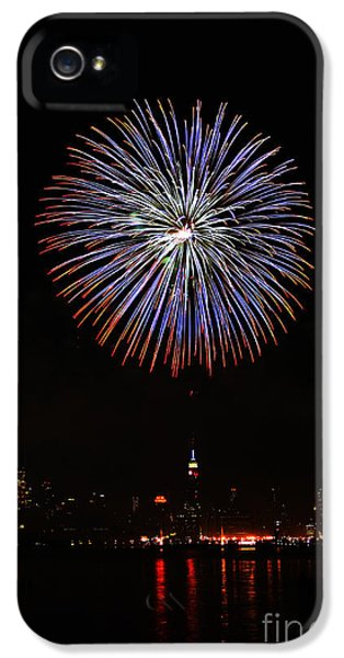 Fire Works iPhone 5 Cases - Fireworks over the Empire State Building iPhone 5 Case by Nishanth Gopinathan