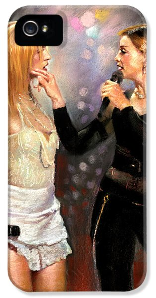 Madonna And Britney Spears  IPhone 5 / 5s Case by Viola El
