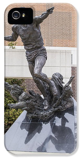 Magic Johnson Statue At Breslin  IPhone 5 / 5s Case by John McGraw