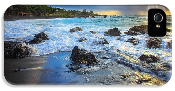 Backlight iPhone 5 Cases - Maui Dawn iPhone 5 Case by Inge Johnsson