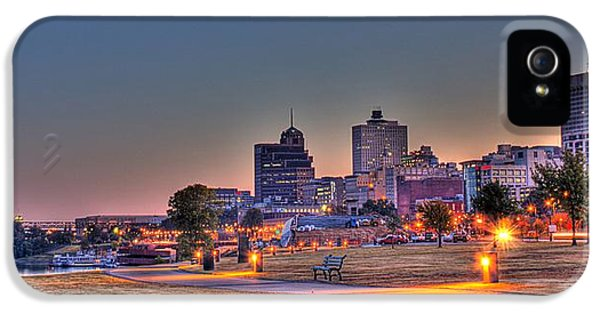 Cityscape - Skyline - Memphis At Dawn IPhone 5 / 5s Case by Barry Jones