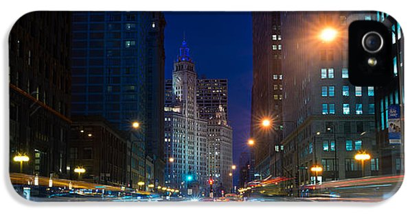 Aves iPhone 5 Cases - Michigan Avenue Chicago iPhone 5 Case by Steve Gadomski