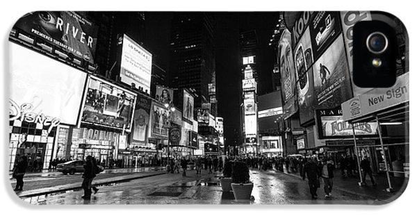 Times Square iPhone 5 Cases - Mono TImes Square  iPhone 5 Case by John Farnan