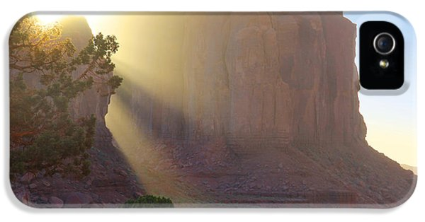 Monument iPhone 5 Cases - Monument Valley at Sunset 2 iPhone 5 Case by Mike McGlothlen