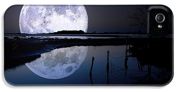 Moon iPhone 5 Cases - Moon At Night iPhone 5 Case by Gianfranco Weiss