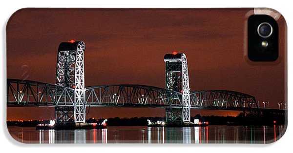 Gil iPhone 5 Cases - Moon over Marine Parkway Bridge - Gil Hodges Memorial Bridge iPhone 5 Case by Gary Heller