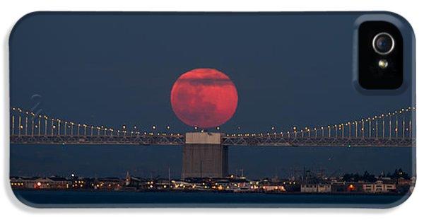 Moonrise iPhone 5 Cases - Moonrise Bay Bridge Fort Baker iPhone 5 Case by David Yu