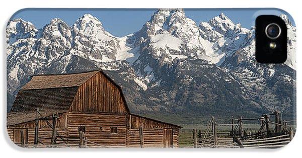 Moulton Barn - Grand Tetons I IPhone 5 / 5s Case by Sandra Bronstein