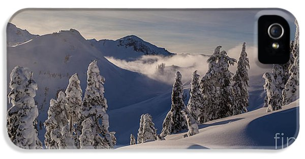 Moonrise iPhone 5 Cases - Mount Baker Snowscape iPhone 5 Case by Mike Reid
