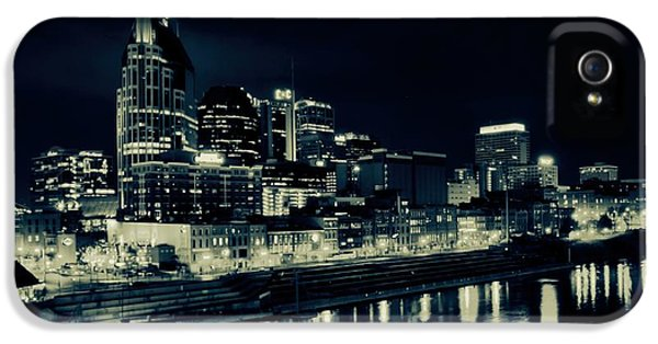 Nashville Skyline Reflected At Night IPhone 5 / 5s Case by Dan Sproul