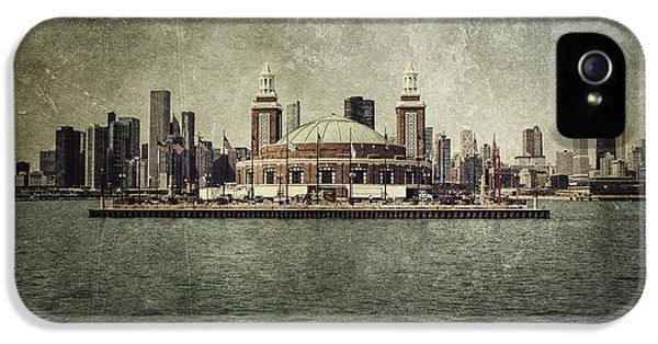 Sears iPhone 5 Cases - Navy Pier iPhone 5 Case by Andrew Paranavitana