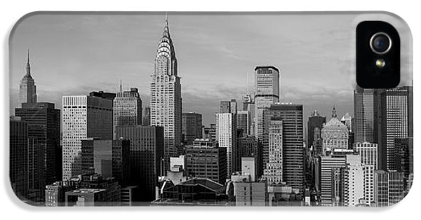 Skyscraper iPhone 5 Cases - New York City Skyline iPhone 5 Case by Diane Diederich