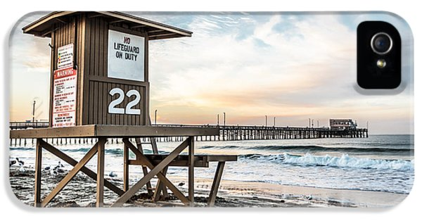 Shack iPhone 5 Cases - Newport Beach Pier and Lifeguard Tower 22 Photo iPhone 5 Case by Paul Velgos